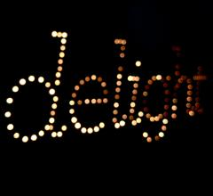 delight_closeup_blur