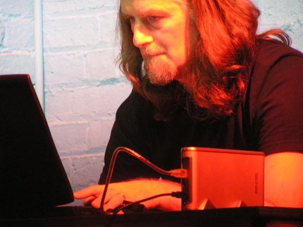 Ollie Olsen